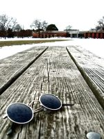 Extreme.Sunglasses.Table. by Insaniac1126