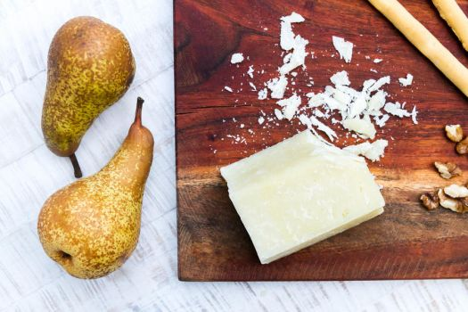 two pears and cheese by stachelpferdchen