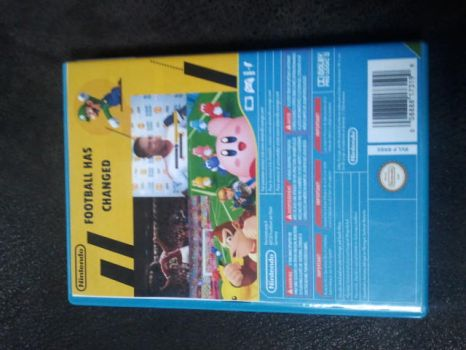 FIFA 17 for Wii U Back by PeterisBeter