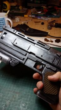 Fallout 3 10mm Pistol by atrum-lupus