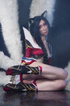 Ahri erocosplay by Vandych100