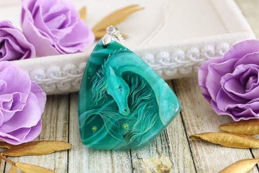 Sea horse I - handmade painted stone pendant by LunarFerns