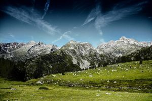 Mountain de Pyrenees by 0ls