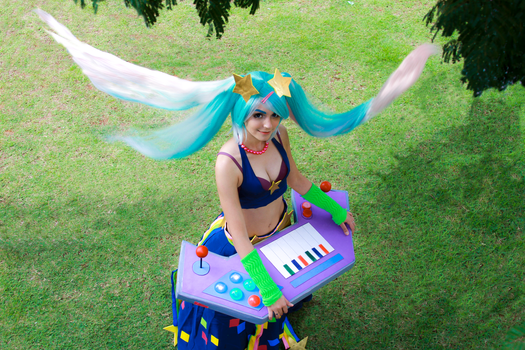 Sona Fliperama Cosplay by icecharizardcosplay