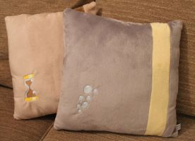 Dr Whooves and Derpy Cushions - My Little Pony by LiChiba
