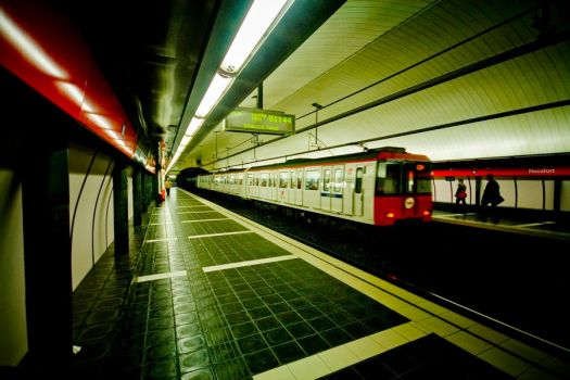 metro station by Jh2