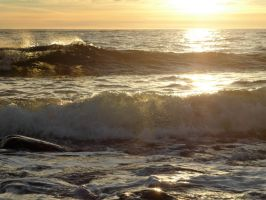 Waves by Lingha
